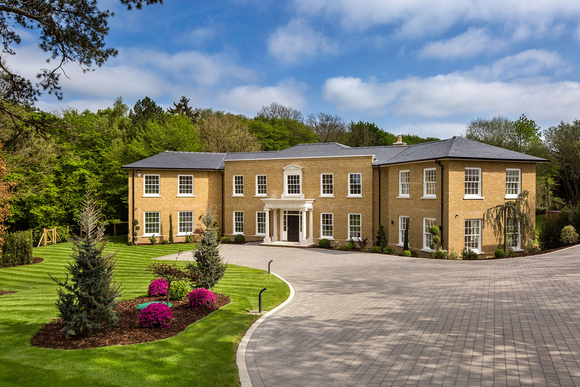 5 bed luxury property essendon herts i octagon properties for Octagon homes