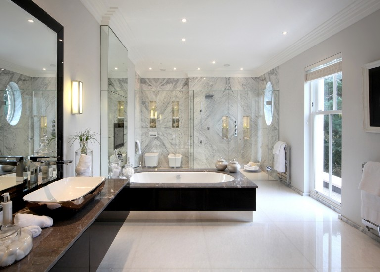 Bathroom Suite with Bookmatched Marble