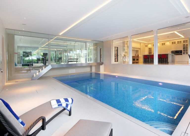 Swimming Pool, Kitchen and Gym
