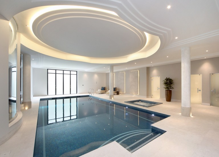 Swimming Pool and Leisure Suite