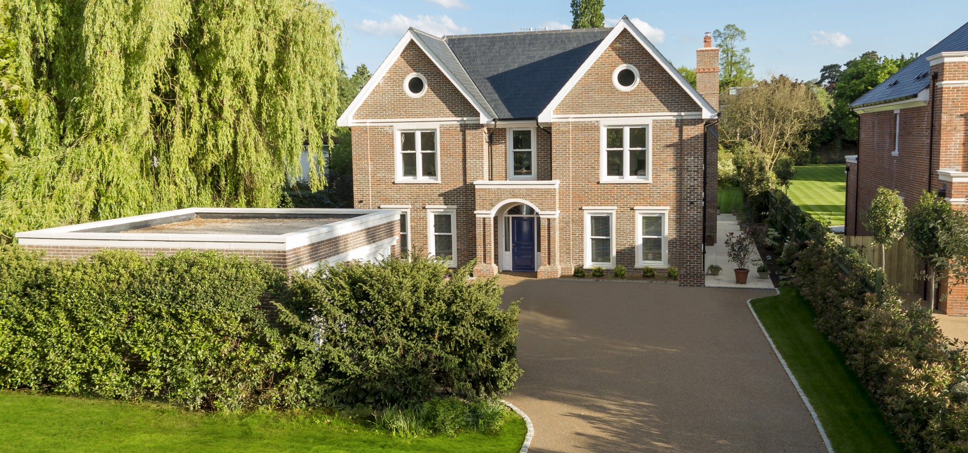 Bespoke Success in Sandown Avenue